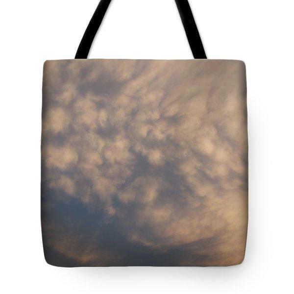 Tote Bag featuring the photograph Nebraska Mammatus Sunset by NebraskaSC