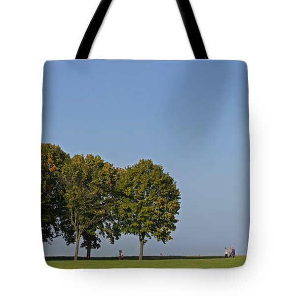 130918p135 Tote Bag