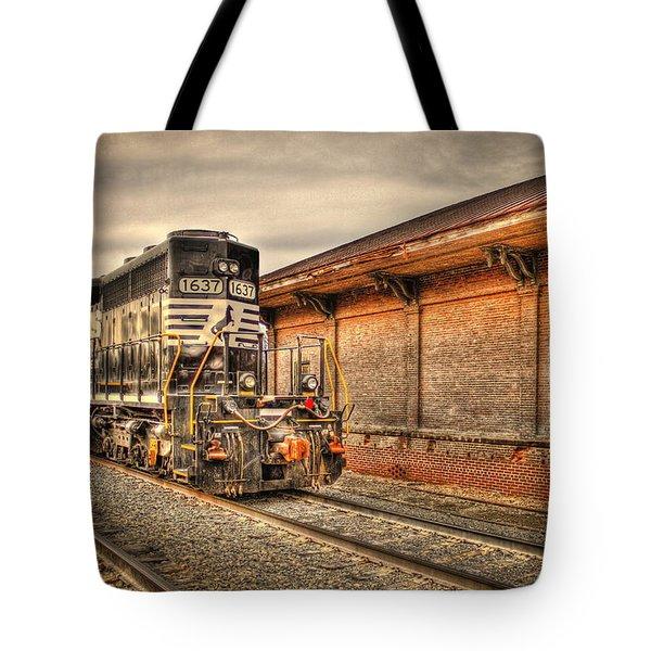 Locomotive 1637 Norfork Southern Tote Bag
