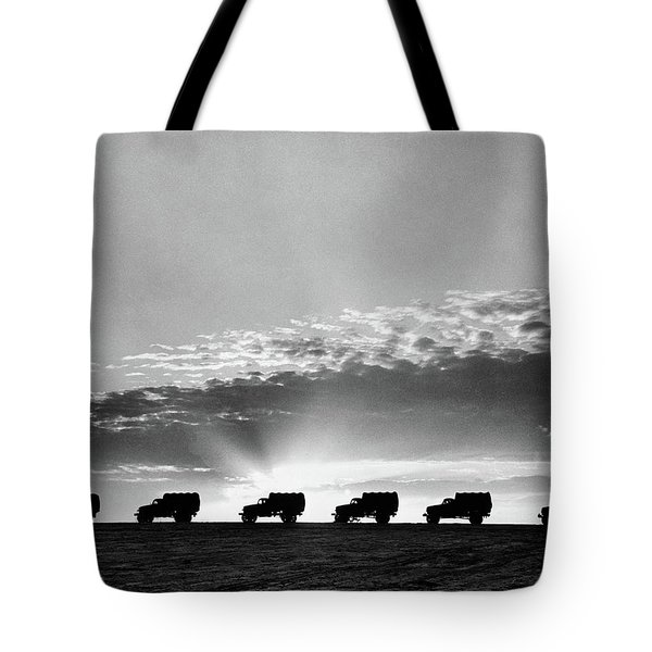 1940s Line Of Anonymous Silhouetted Tote Bag