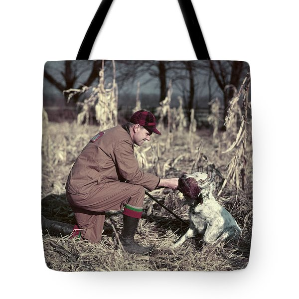 1950s Man Hunter Kneeling In Autumn Tote Bag
