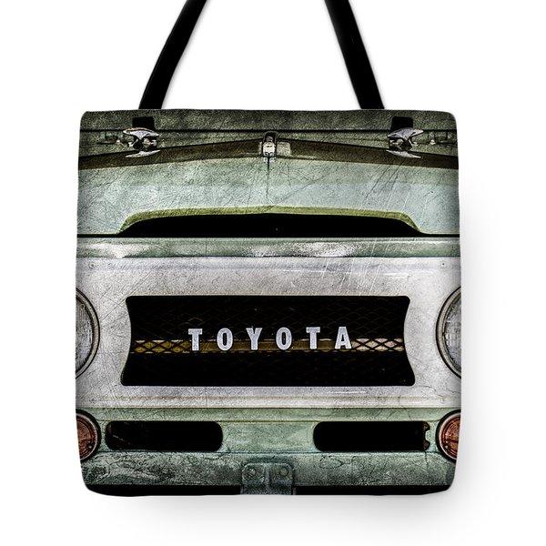 1969 Toyota Fj-40 Land Cruiser Grille Emblem -0444ac Tote Bag