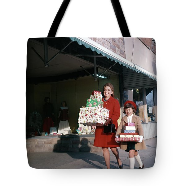 1970 1970s Mother Daughter Carrying Tote Bag