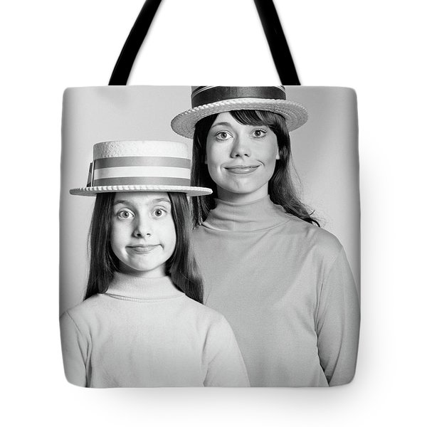 1970s Mother And Daughter Portrait Look Tote Bag