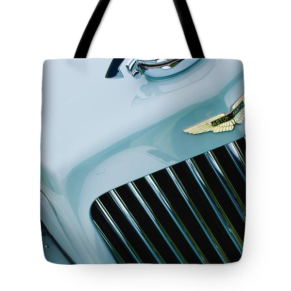 1939 Aston Martin 15-98 Abbey Coachworks Swb Sports Grille Emblem Tote Bag