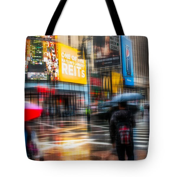 A Rainy Day In New York Tote Bag by Hannes Cmarits