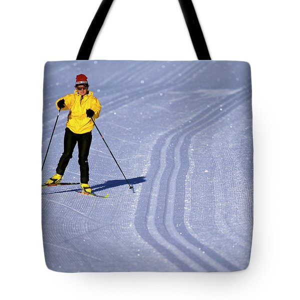 Winter Olympics Gift for Skier Women/'s Skier Canvas Tote Bag Skiing Graphic Beach Bag