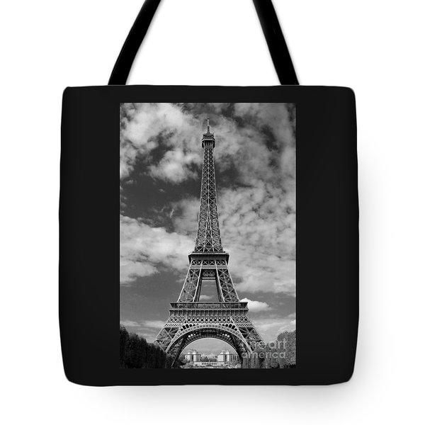 Architectural Standout Bw Tote Bag by Ann Horn