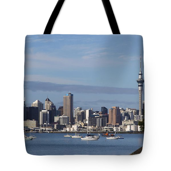 Auckland Tote Bag by Les Cunliffe