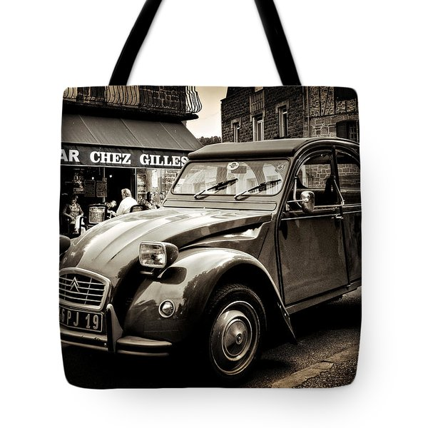 Tote Bag featuring the photograph Citroen 2cv / Meyssac by Barry O Carroll