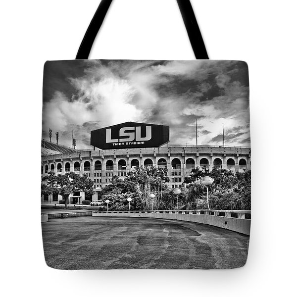 Death Valley - Bw Tote Bag