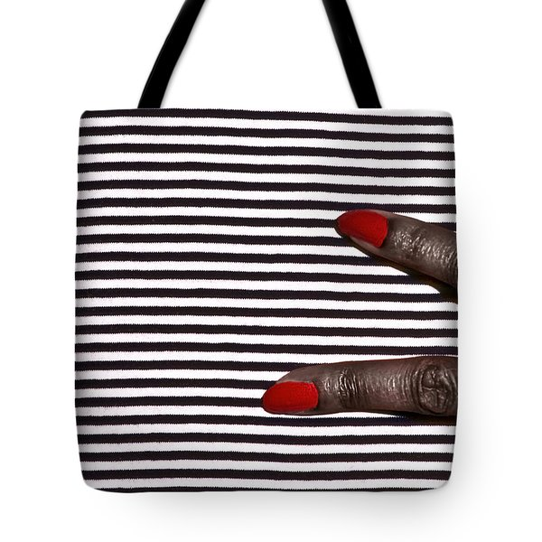 2 Fingers On Black And White Tote Bag