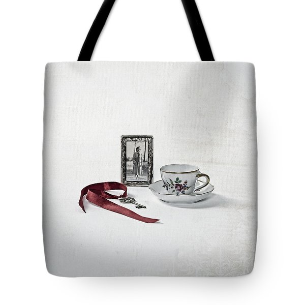 Key To My Memories Tote Bag by Joana Kruse