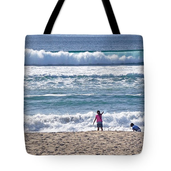 Thundering Waves Tote Bag by Susan Wiedmann