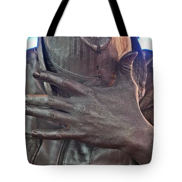 Tote Bag featuring the photograph Tin Man In Times Square by Lilliana Mendez