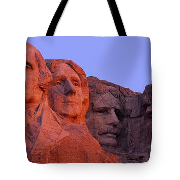 Usa, South Dakota, Mount Rushmore Tote Bag by Panoramic Images