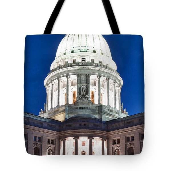 Wisconsin State Capitol Building At Night Tote Bag