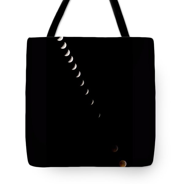 2010 Lunar Eclipse Tote Bag by Benjamin Reed