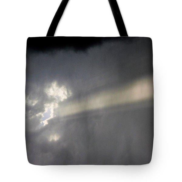 Nebraska Storm Cells A Brewin Tote Bag