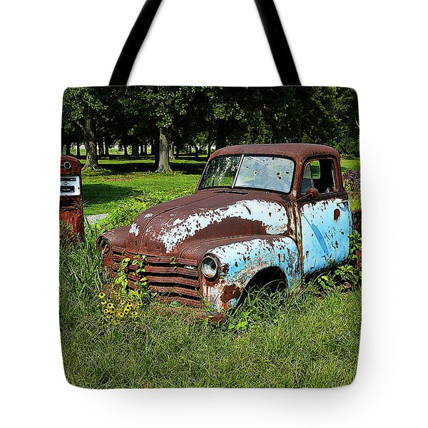 Tote Bag featuring the photograph '48 Chevy by Paul Mashburn
