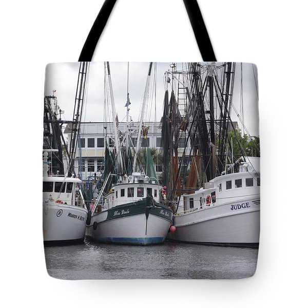 3 In A Line Tote Bag