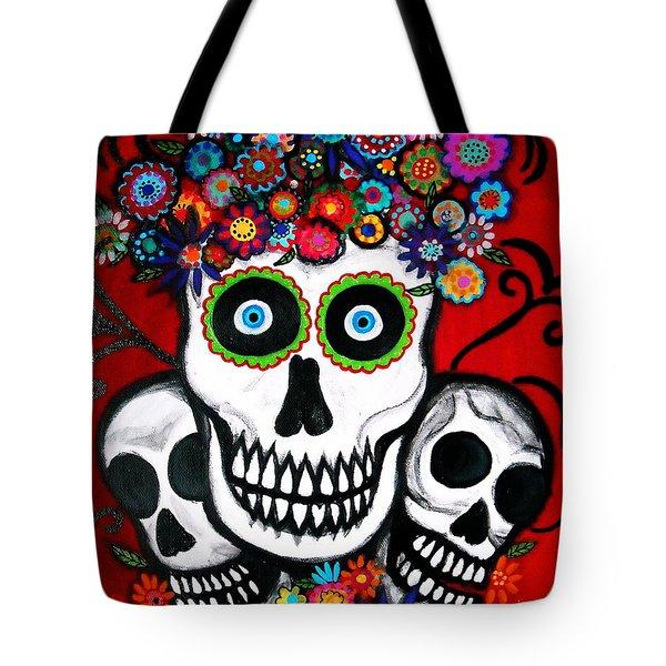 3 Skulls Tote Bag by Pristine Cartera Turkus