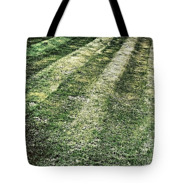 The Lawn Tote Bag