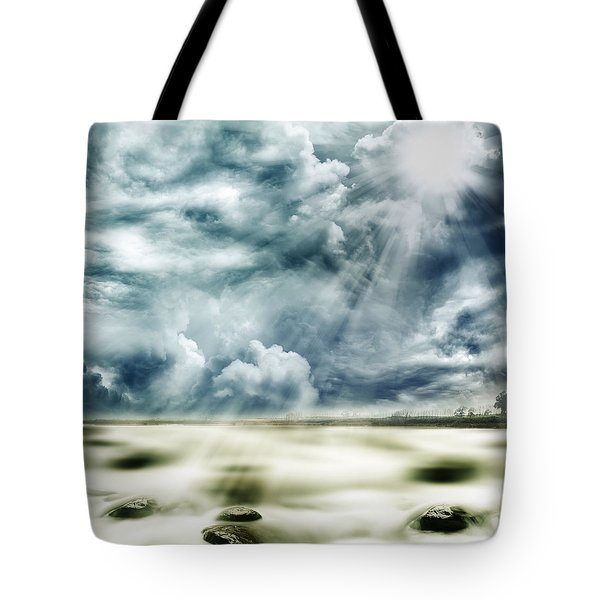 Sunlight Tote Bag by Les Cunliffe