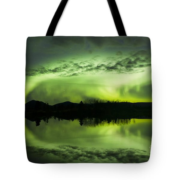 Aurora Borealis Over Fish Lake Tote Bag by Joseph Bradley