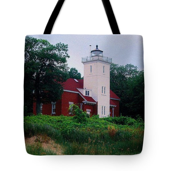 Tote Bag featuring the photograph 40 Mile Light by Daniel Thompson