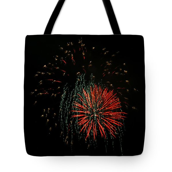 4th Of July 5 Tote Bag by Marilyn Hunt
