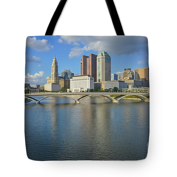 Fx1l-802 Columbus Ohio Skyline Photo Tote Bag