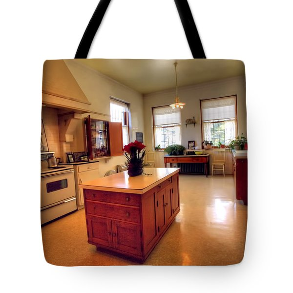 Glensheen Mansion Duluth Tote Bag