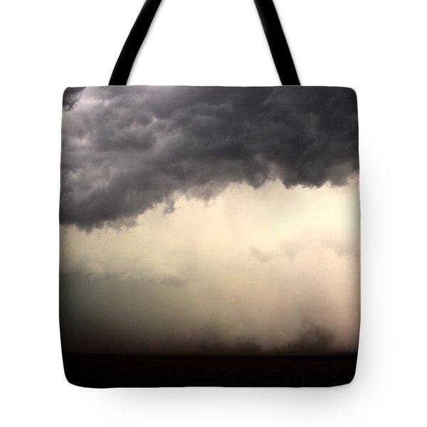 Severe Cells Over South Central Nebraska Tote Bag