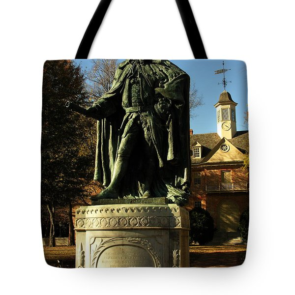 William And Mary College With Wren Building Tote Bag by Jacqueline M Lewis
