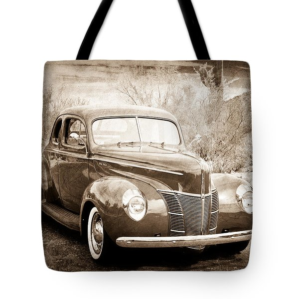1940 Ford Deluxe Coupe Tote Bag