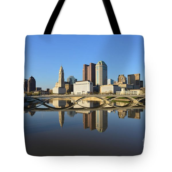 Fx1l-1058 Columbus Ohio Skyline Photo Tote Bag