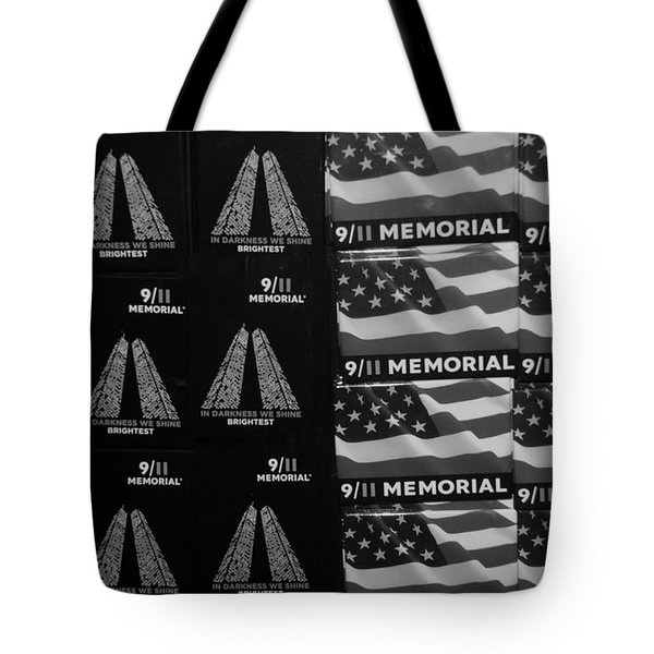 9/11 Memorial For Sale In Black And White Tote Bag by Rob Hans