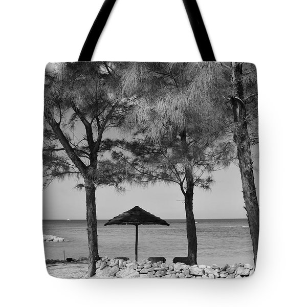 A Bahamas Scene In Black And White Tote Bag