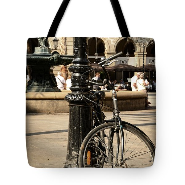 A Bicycle At Plaza Real Tote Bag by RicardMN Photography