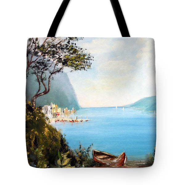 A Boat On The Beach Tote Bag by Lee Piper