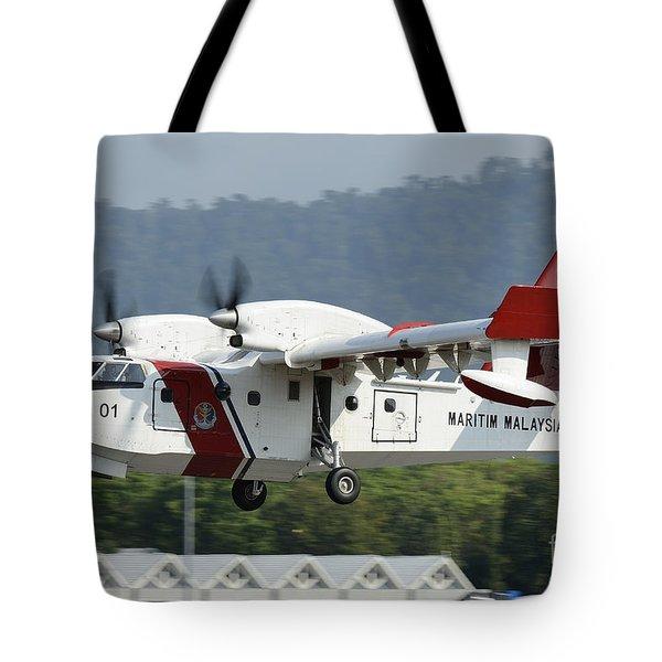 A Bombardier Aerospace Cl-415 Mp Tote Bag by Remo Guidi
