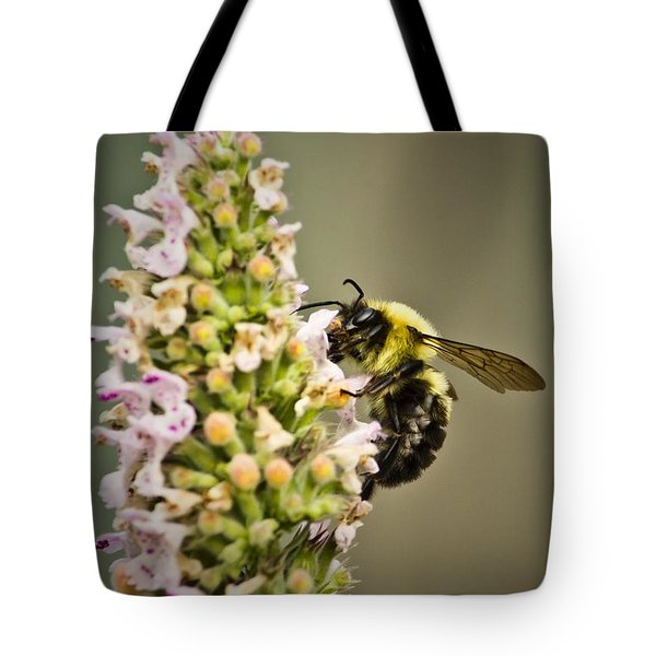 A Bumble Bee Working Tote Bag