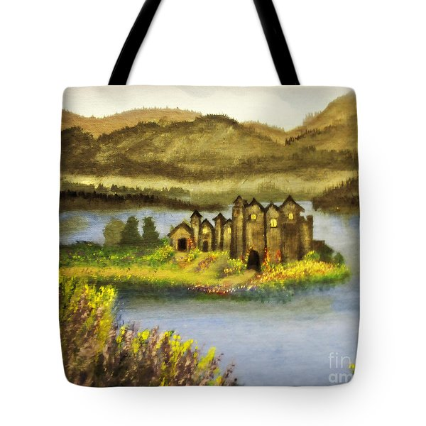 A Castle In My Dream Tote Bag