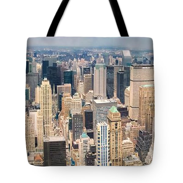A Cloudy Day In New York City   Tote Bag by Lars Lentz