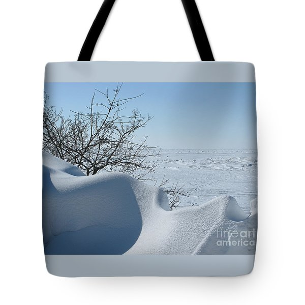 Tote Bag featuring the photograph A Gentle Beauty by Ann Horn