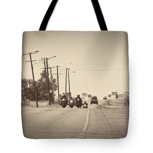 A Grand Entrance Tote Bag by Linda Lees