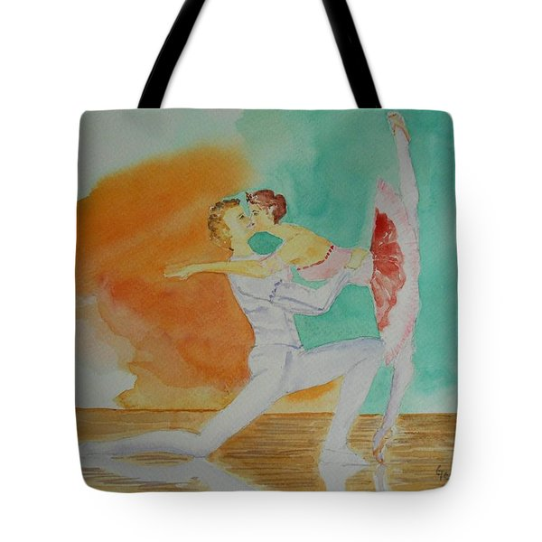 A Kiss In Ballet  Tote Bag