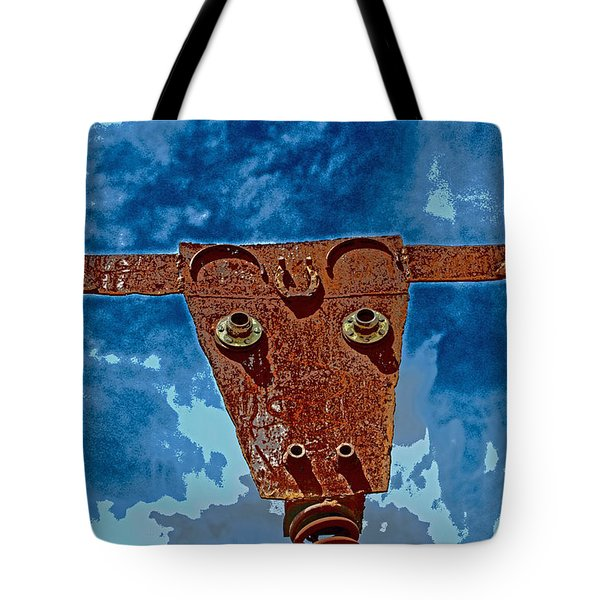 Tote Bag featuring the photograph A Lucky Bull by Lynn Sprowl