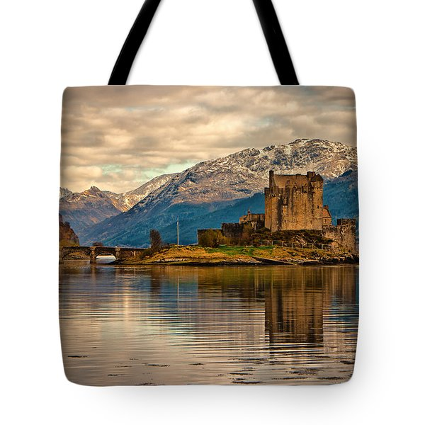 A Reflection At Eilean Donan Castle Tote Bag